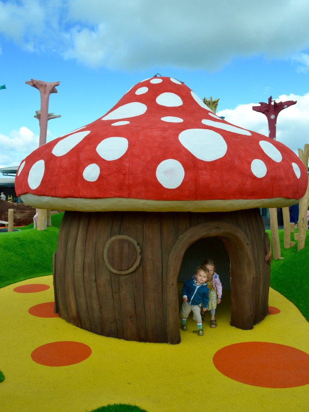 Cheshire Ice Cream Farm Toadstool Play House
